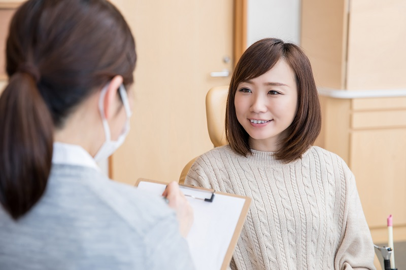 歯医者でカウンセリング
